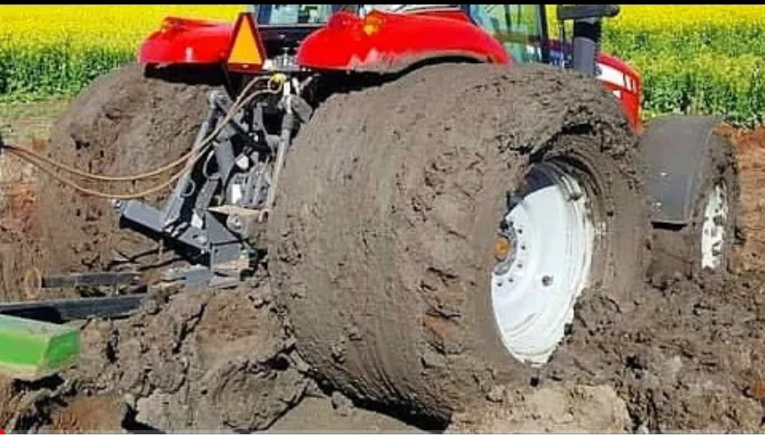 The BEST TRACTOR Stuck in Mud