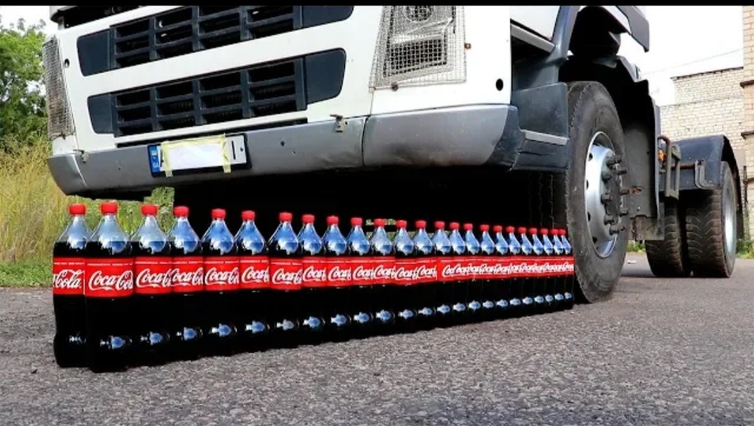 EXPERIMENT TRUCK VS COCA COLA