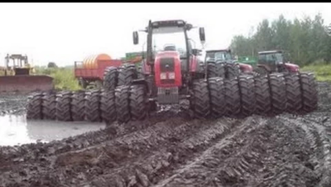 Tractors Stuck in Mud 2017 - The Best Mud
